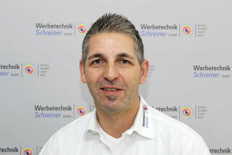Porträt Markus Neuhaus