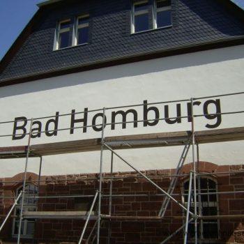 Fassadenbeschriftung Wandbemalung Bad Homburg