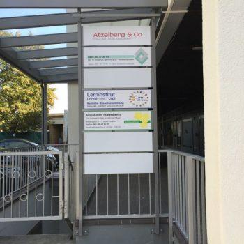 Hinweisschilder_Wegeleitsysteme_Firmenschilder-Frankfurt