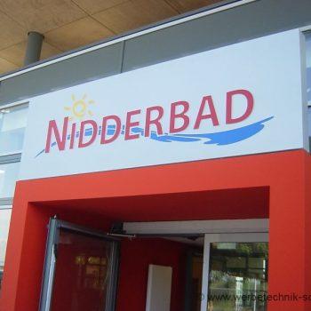Lichtwerbung Firmenschild Fassade Nidderau Bad Tag