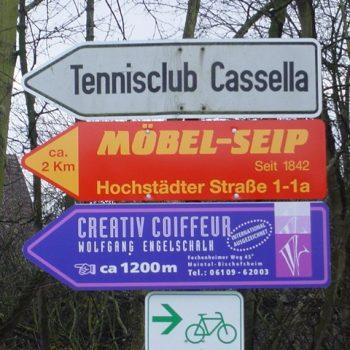 Hinweisschilder Straße