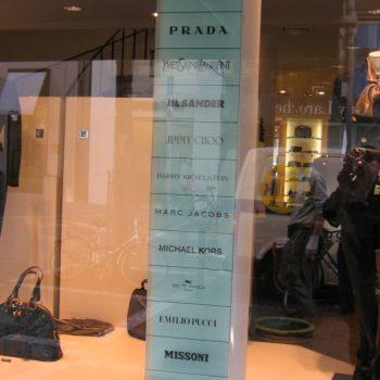 Glaspylon Boutique Markenübersicht