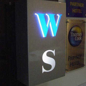 Firmenschild Lichtwerbung